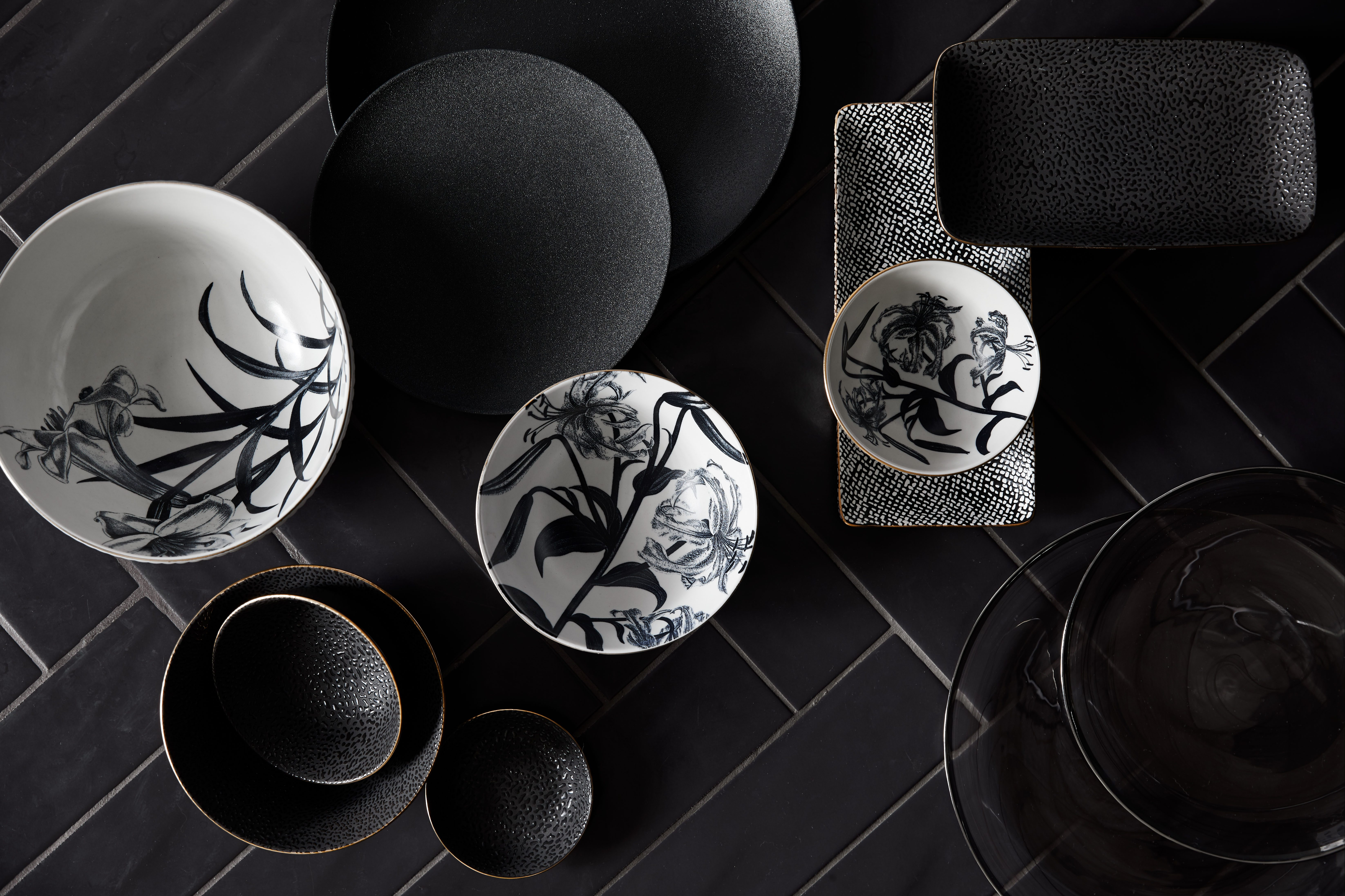 How to use a black colour palette in your home.