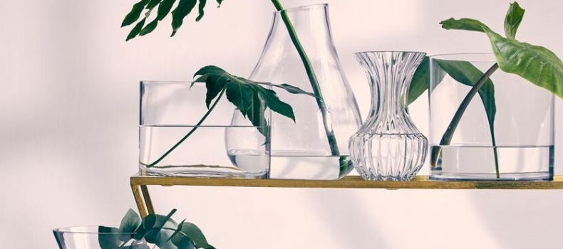 CLEAR GLASS IS PURE CLASS: THREE TRENDS TO TRY THIS SEASON
